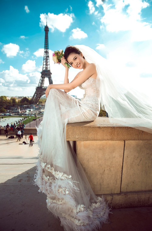 Nữ hoàng sắc đẹp toàn cầu Ngọc Duyên và đại gia bất động sản khoe ảnh cưới lãng mạn tại Pháp 4