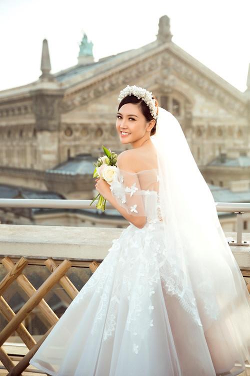Nữ hoàng sắc đẹp toàn cầu Ngọc Duyên và đại gia bất động sản khoe ảnh cưới lãng mạn tại Pháp 5