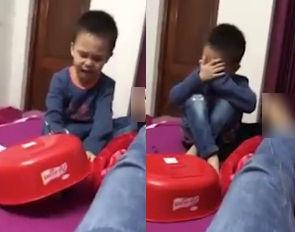 Em trai 5 tuổi nức nở gây gão mạng: