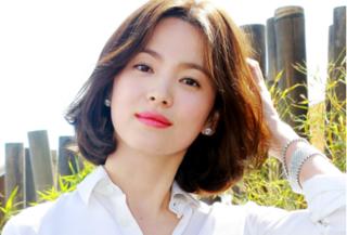 Loạt ảnh chứng minh Song Hye Kyo ngày càng trẻ đẹp, rạng rỡ theo thời gian