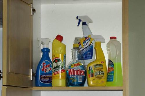 Cách xử lý nhanh nhất khi trẻ ngộ độc hóa chất