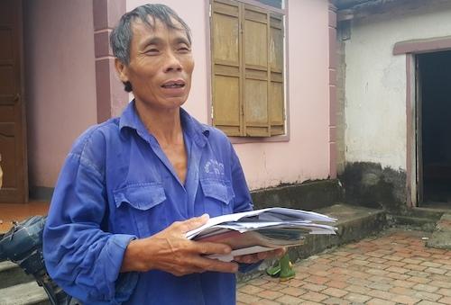 Bút phê 2 hồ sơ xuất khẩu lao động trong 1 gia đình ở Nghệ An