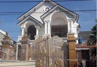 Sập giàn giáo xây dựng biệt thự, 2 công nhân tử vong