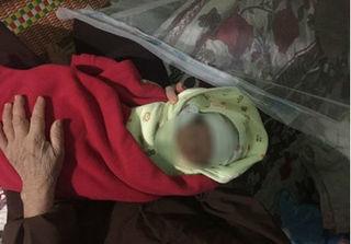 Thanh Hóa: Bé gái bỏ lại nơi cửa chùa cùng thư nhờ cưu mang