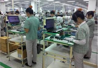 Samsung nói gì khi bị tố đối xử tệ với công nhân Việt?