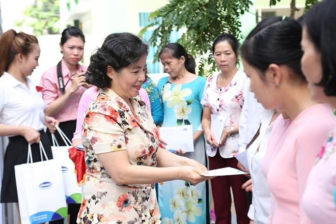 Vinamilk 10 năm đồng hành sữa học đường vì một Việt Nam vươn cao