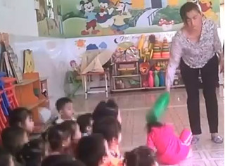 Đình chỉ hoạt động, điều tra bảo mẫu tại trường mầm non tư thục hành hạ trẻ em