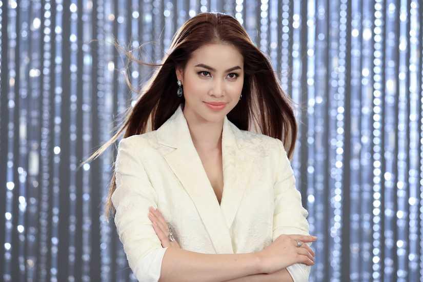 Hé lộ hình ảnh thí sinh Hoa hậu Hoàn vũ Việt Nam quay quảng bá cho đêm chung kết