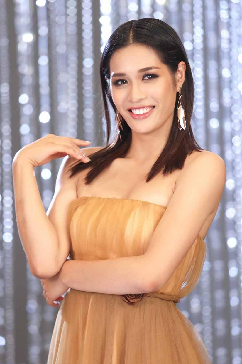 Hé lộ hình ảnh thí sinh Hoa hậu Hoàn vũ Việt Nam quay quảng bá cho đêm chung kết 10