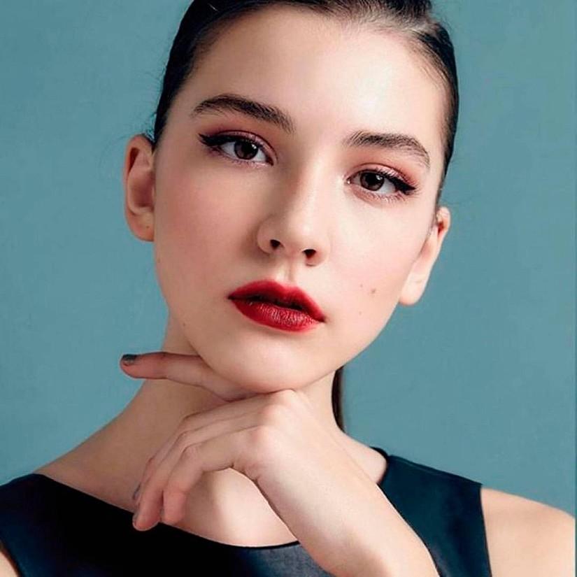 Nữ người mẫu Nga 14 tuổi Vlada Dzyub 2