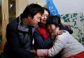Lo lắng bố mẹ kiệt quệ, bé 14 tuổi mắc ung thư gan xin được chết