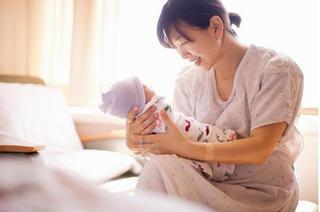 Không chỉ trẻ em, phụ nữ sau sinh cũng phải bổ sung vitamin A