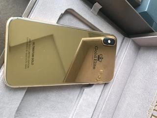 Điện thoại iPhone X bọc vàng nguyên khối 24K giá gần tỷ có gì hot?