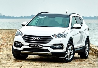 Hyundai SantaFe giảm 230 triệu đồng, hơn một tháng bán 2.500 xe