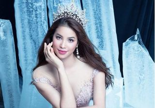 Hoa hậu Phạm Hương hóa công chúa trong bộ ảnh mới