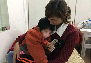 Sáng nay tổ chức họp báo vụ việc cháu bé 4 tuổi nghi bị bạo hành ở Bắc Giang