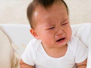Sai lầm nghiêm trọng của cha mẹ khiến con táo bón ngày càng nặng
