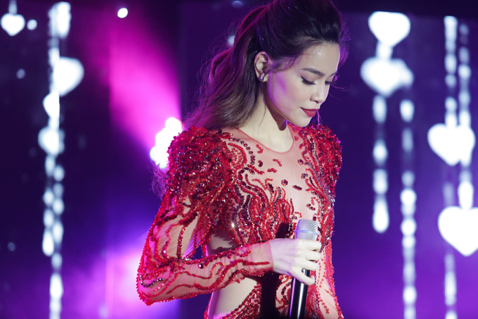 Hồ Ngọc Hà kể chuyện nụ hôn kinh khủng với Kim Lý 7