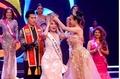 Dương Yến Ngọc đăng quang Hoa hậu Quý bà Hòa bình Châu Á