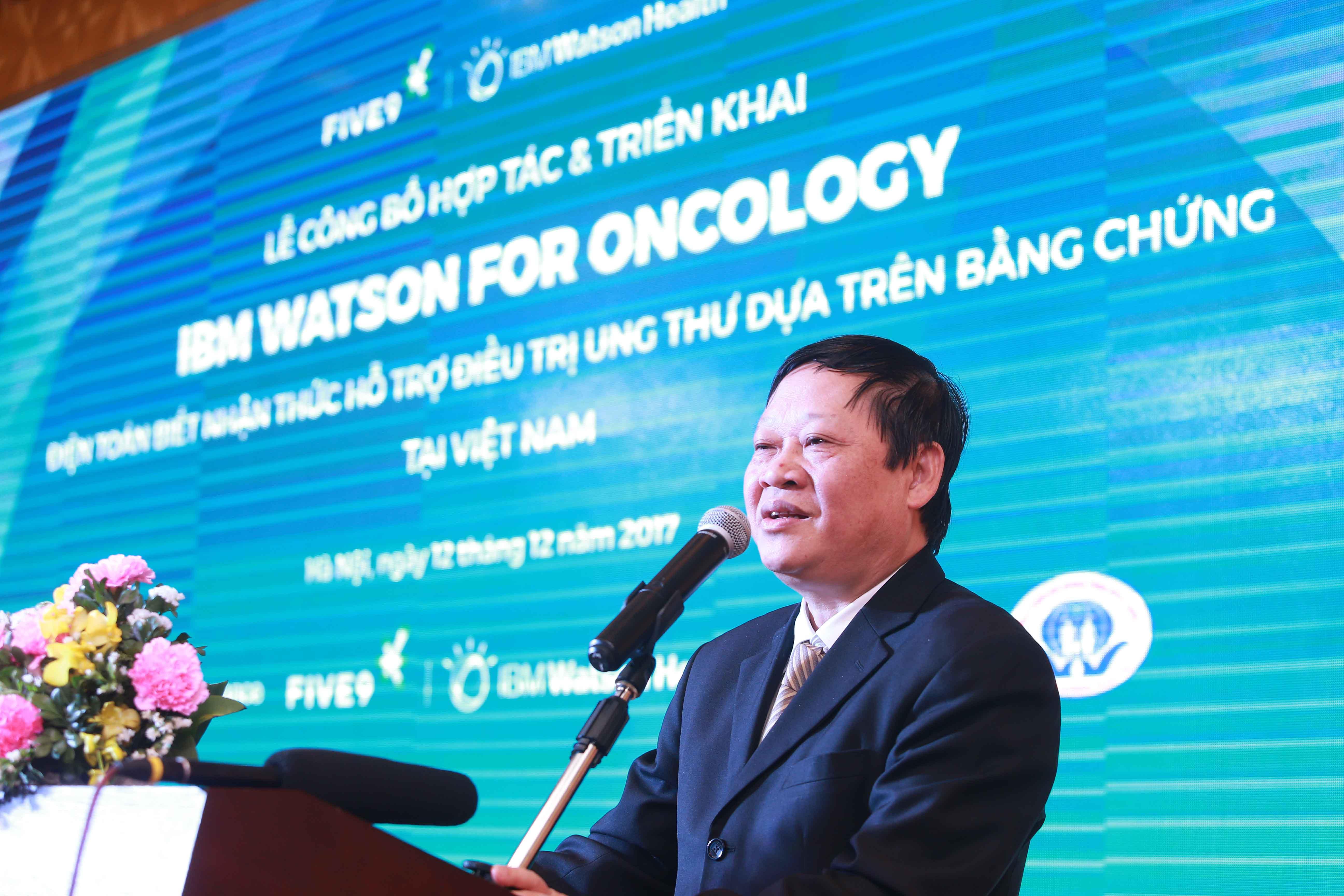Thứ trưởng Nguyễn Viết Tiến công nghệ IBM Watson for Oncology tại Việt Nam
