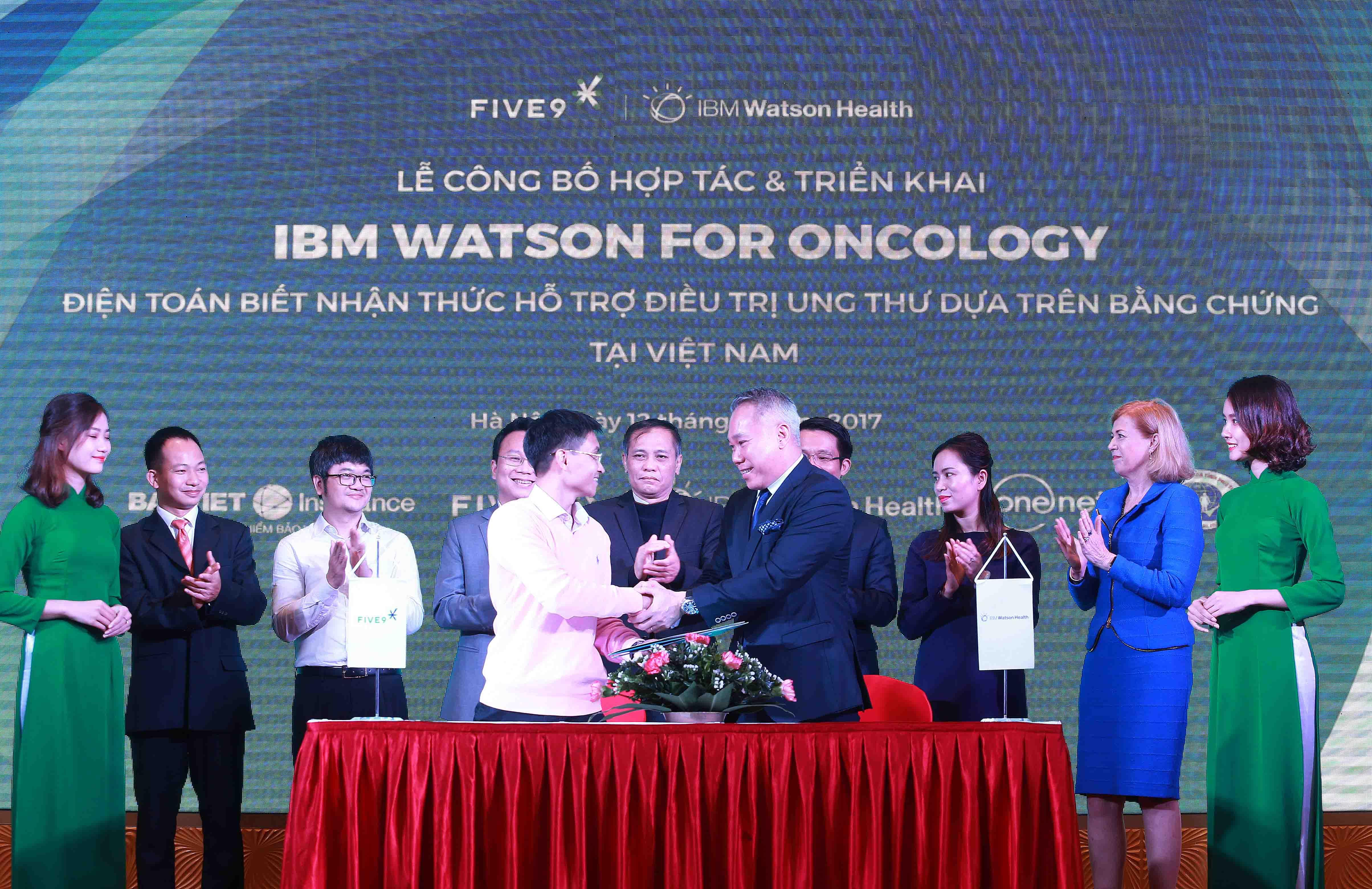 lễ công bố hợp tác công nghệ IBM Watson for Oncology tại Việt Nam