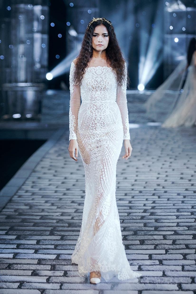 Những nữ thần quyến rũ của Nhà thiết kế Chung Thanh Phong trong show Shes A Goddess 15