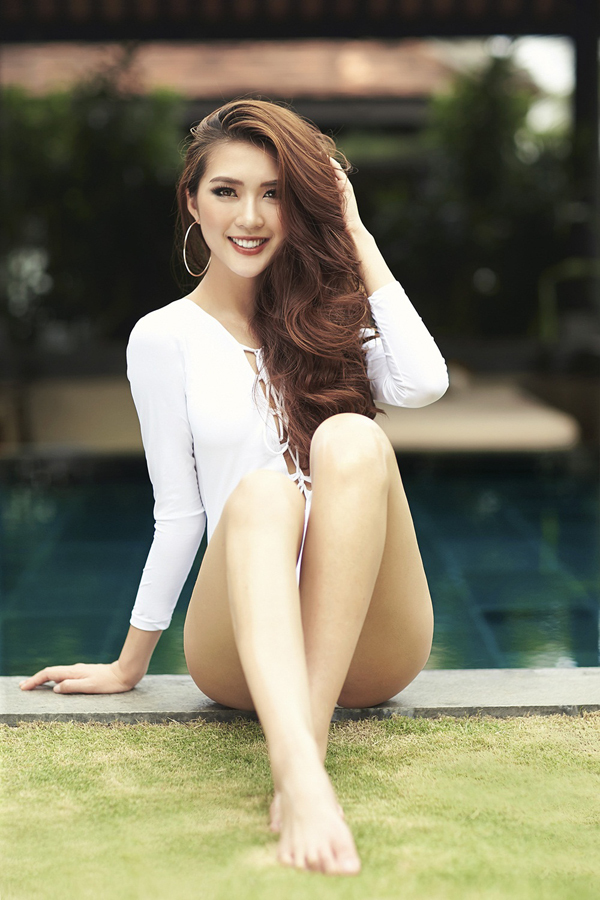 Hoa hậu The Face Tường Linh khoe eo thon dáng đẹp với bikini 10