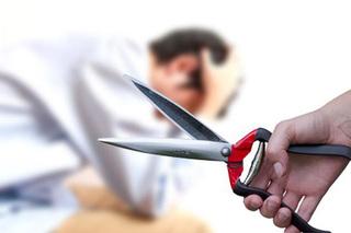 Nhẫn nhục chịu bạo hành nhiều năm rồi cắt phăng