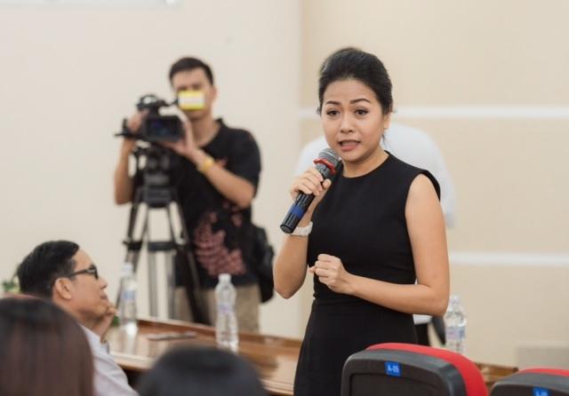 Top 45 Hoa khôi sinh viên giao lưu với tác giả Chuyện nhà Dr Thanh 3