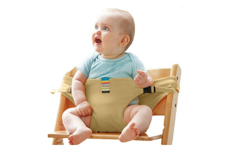 Tập cho con ngồi sớm khiến con sau dễ phát triển vận động sai tư thế