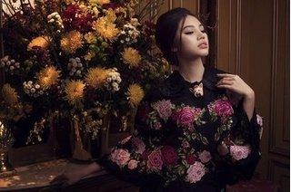 Nét quyến rũ và cổ điển của Hoa hậu Jolie Nguyễn