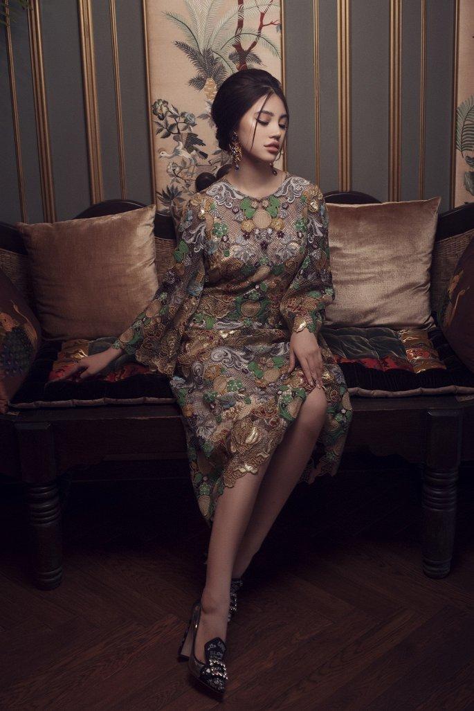 Nét quyến rũ và cổ điển của Hoa hậu Jolie Nguyễn 7