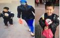 Nghi án bé trai 4 tuổi bị mẹ bỏ rơi ở Phủ Tây Hồ