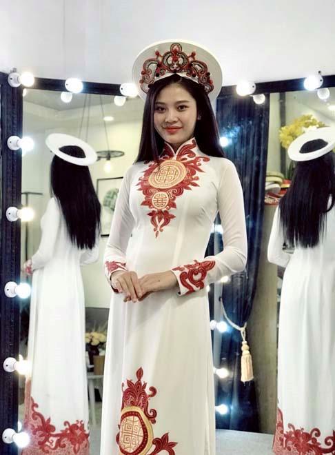 Á quân The Face 2016 Chúng Huyền Thanh bất ngờ lấy chồng ở tuổi 20
