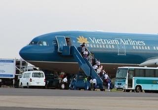 Tiếp viên Vietnam Airlines kịp thời ngăn khách VIP trộm cắp