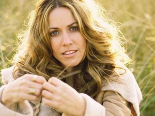 Nữ danh ca nổi tiếng chia sẻ 9 năm kiên cường chống ung thư vú