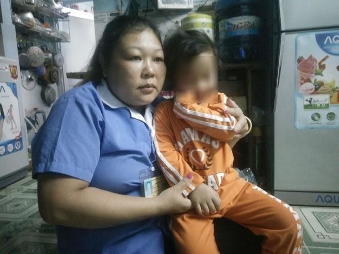 Bé gái bị bạo hành tại Mầm Xanh vẫn bầm tím người ở trường mới2