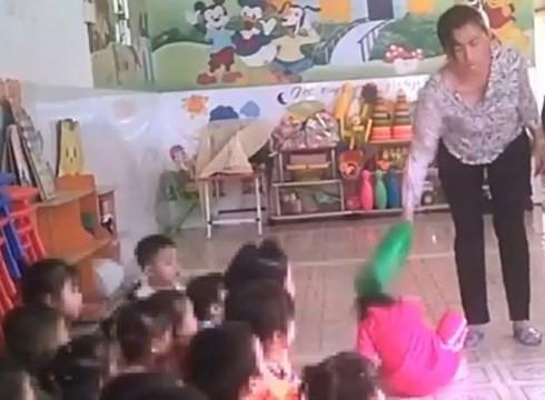 Bé gái bị bạo hành tại Mầm Xanh vẫn bầm tím người ở trường mới