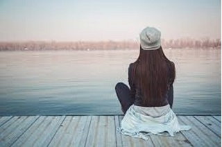 Có phải càng mạnh mẽ em càng cảm thấy cô đơn?