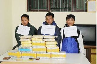 Bắt 3 đối tượng vận chuyển gần 30kg heroin tấn công cảnh sát