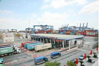 Từ 2018, ô tô chạy quá tốc độ ở cảng biển sẽ bị phạt nặng