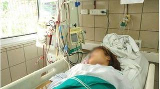 Quá chén với bạn, nữ sinh phải nhập viện cấp cứu vì ngộ độc rượu