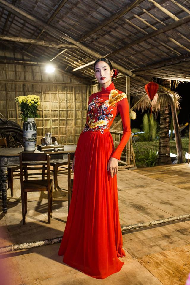 Hoàng Thuỳ Hoa hậu Hoàn vũ Việt Nam 5