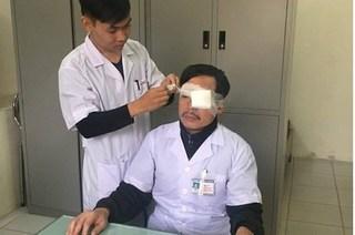Hành hung bác sĩ - vấn nạn của năm 2017