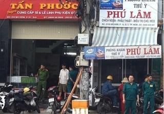 3 công nhân bị điện giật nguy kịch khi lắp biển quảng cáo