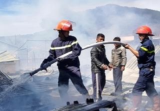 Hỗ trợ khẩn cấp 4 gia đình trong vụ hỏa hoạn ngày đầu năm tại Lâm Đồng