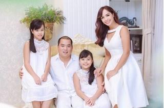 Cựu siêu mẫu Thúy Hạnh đang mang bầu con thứ 3?