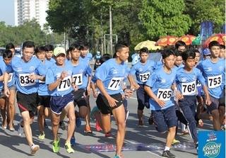 Hàng ngàn người tham gia ngày hội Việt dã Chào năm mới BTV - Number 1
