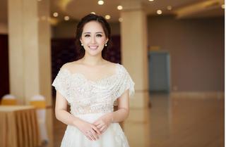Mai Phương Thuý quyến rũ chấm thi tổng duyệt áo dài Hoa hậu hoàn vũ