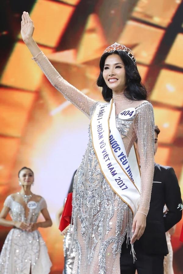Top 3 Hoa hậu Hoàn vũ Việt Nam 2017 d